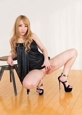 Leggy blonde Airi Mashiro actually lets him enter her after a lengthy FJ